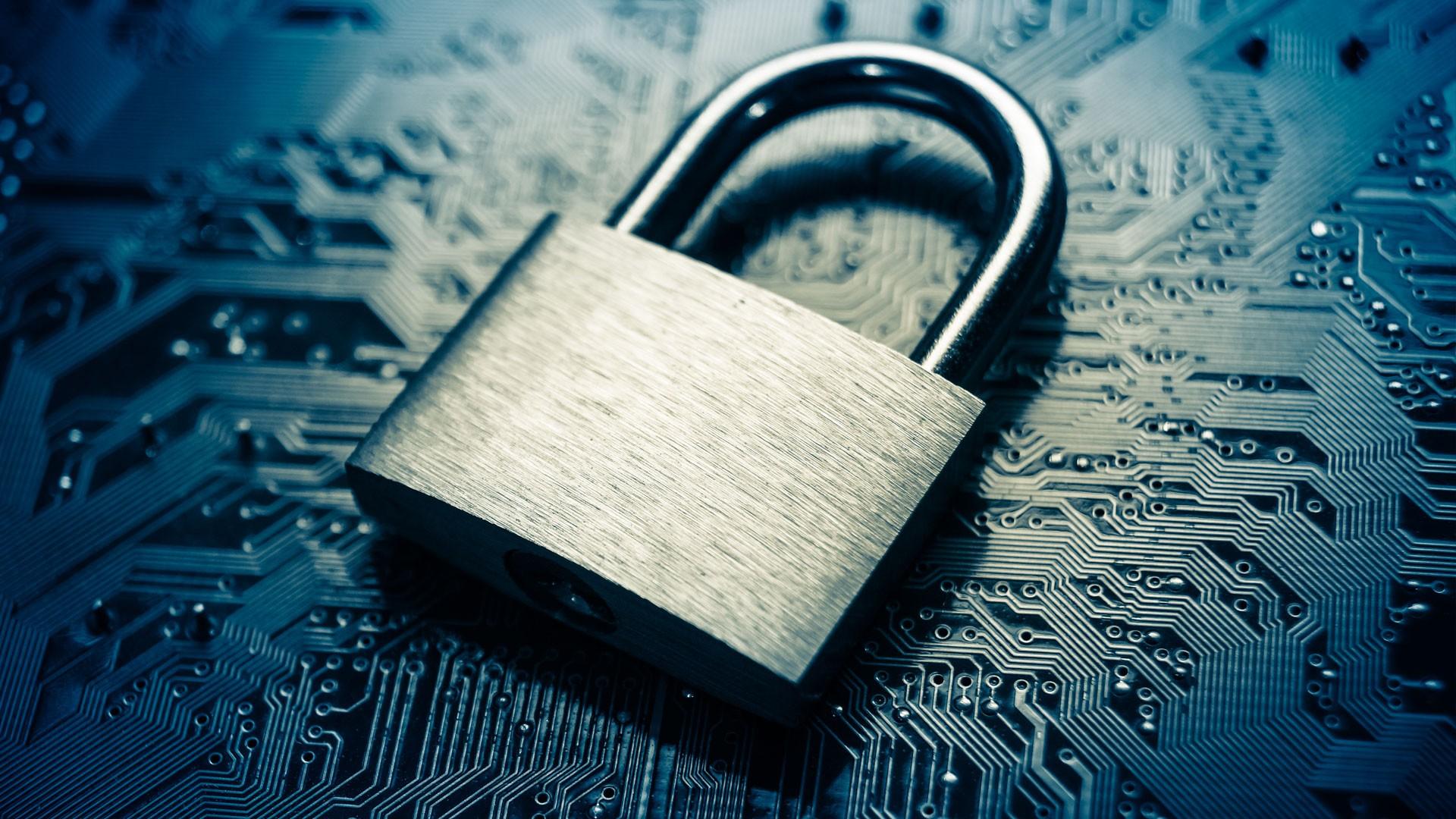 Gestion de sauvegardes locales et en ligne, services informatiques, console web, données protégées, sécurité, backup, cloud, infonuagique, informatique, réseau